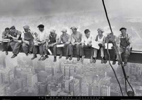 Eating Above Manhattan - Photography Poster (Size: 36'' x 25'') (Poster & Poster Strip Set) - Above Manhattan Poster