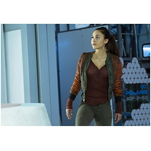 The 100 Lindsey Morgan as Raven Reyes Standing Looking Up 8 x 10 Inch - Rey Raven