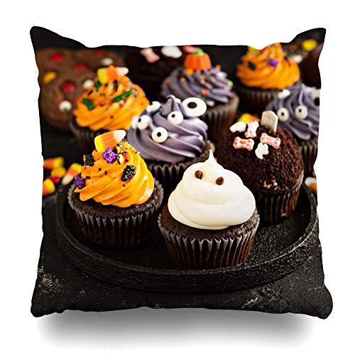 (Pakaku Decorativepillows Case Throw Pillows Covers for Couch/Bed 18 x 18 inch, Festive Halloween Cupcakes and Treats Decorated with Home Sofa Cushion Cover Pillowcase Gift Bed Car Living)