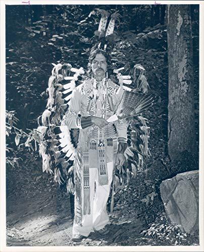 Vintage Photos 1978 Press Photo Historic Jerry Rancourt Indian Costume Southpark Museum 8X10