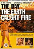 Day The Earth Caught Fire, The (Wide Screen) [Import anglais]