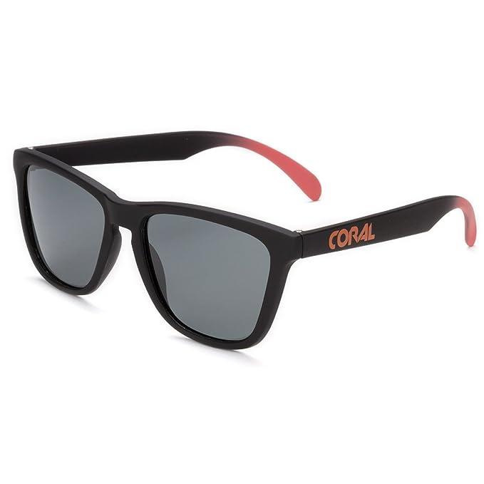 CORAL Sunglasses Black Forest - Montura negra mate y lentes ahumadas polarizadas.