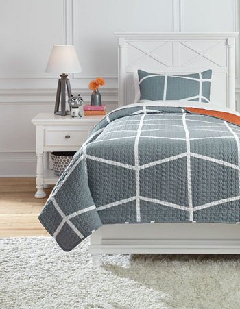 Ashley Furniture Gage Coverlet Set Twin/Gray/Orange by Ashley Furniture