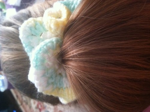 Super Quick 80's Style Hair Scrunchie Crochet Pattern