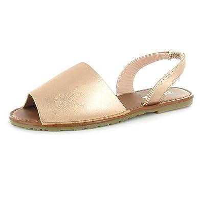 88f4d73f2 TOSKATOK Ladies Womens Summer Beach Slingback Flat Plain Open Toe Menorcan  Sandals  Amazon.co.uk  Shoes   Bags