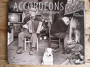 """Afficher """"Accordéons en Bretagne"""""""