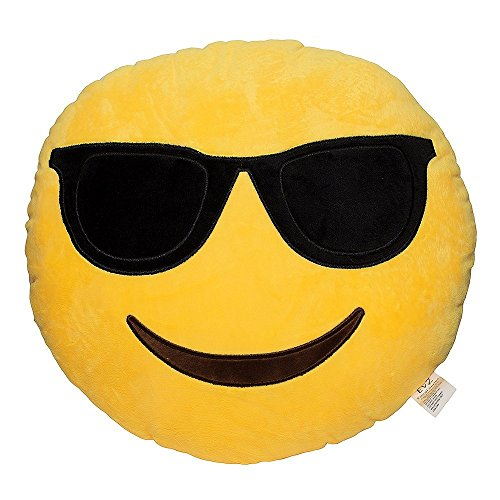 Emoji Smiley Yellow Round Pillow