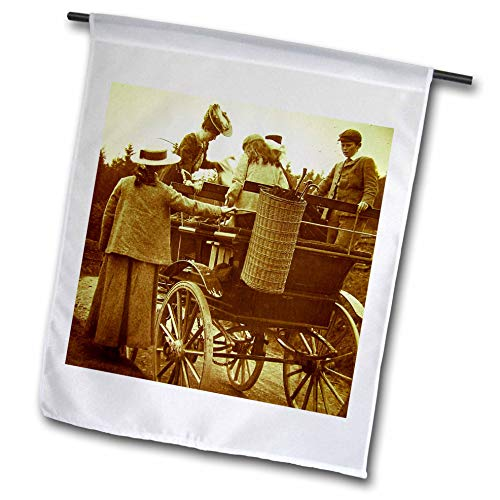3dRose Scenes from The Past - Magic Lantern - Edwardian Family Loading into Early Automobile Circa 1905-12 x 18 inch Garden Flag (fl_300300_1)