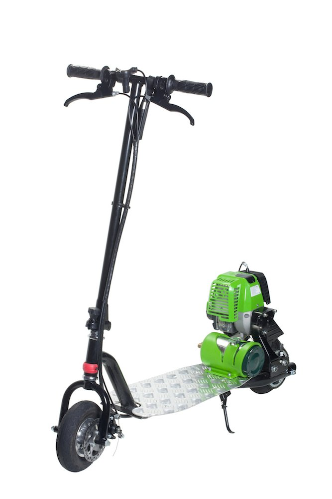 What type of oil do I use in a 49cc gas-powered scooter?