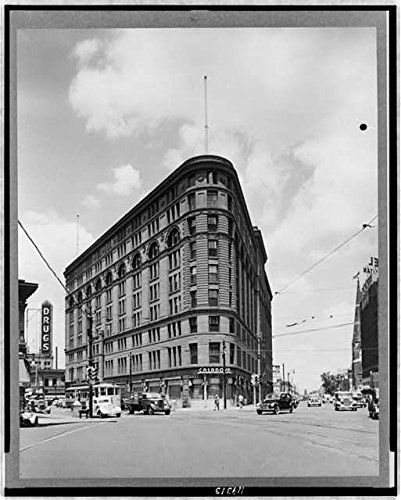 early 1900s photo Denver, Colo. 1935-1940 --The old Brown Palace hotel Street scene, showing the Brown Palace Hotel, Denver, Colorado. Vintage 8x10 Photograph - Ready to Frame