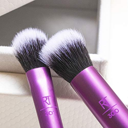 Real Techniques Eyeshadow Makeup Brush Set, Easily Shade and Blend, 2 Count, Packaging and Handle Color May Vary