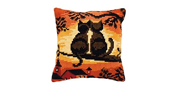 Terrier Dog Large Holed Printed Tapestry Canvas Cushion Kit//Chunky Cross Stitch