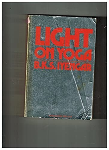 Light On Yoga by B.K.S. Iyengar (1976-05-03): Amazon.com: Books