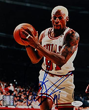 new concept eace0 44cd7 Dennis Rodman Autographed Chicago Bulls 8x10 with Ball- JSA ...