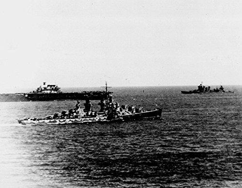 LAMINATED POSTER The U.S. Navy aircraft carrier USS Hornet (CV-8), the light anti-aircraft cruiser USS Atlanta (Anti Aircraft Cruiser)
