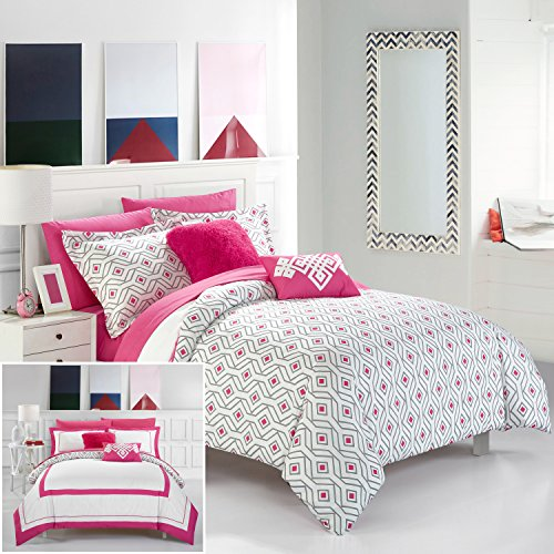 Chic Home 9 Piece Beckham Contemporary Geometric Reversible Bold Lines Hotel Collection Bed in Bag, Fuschia
