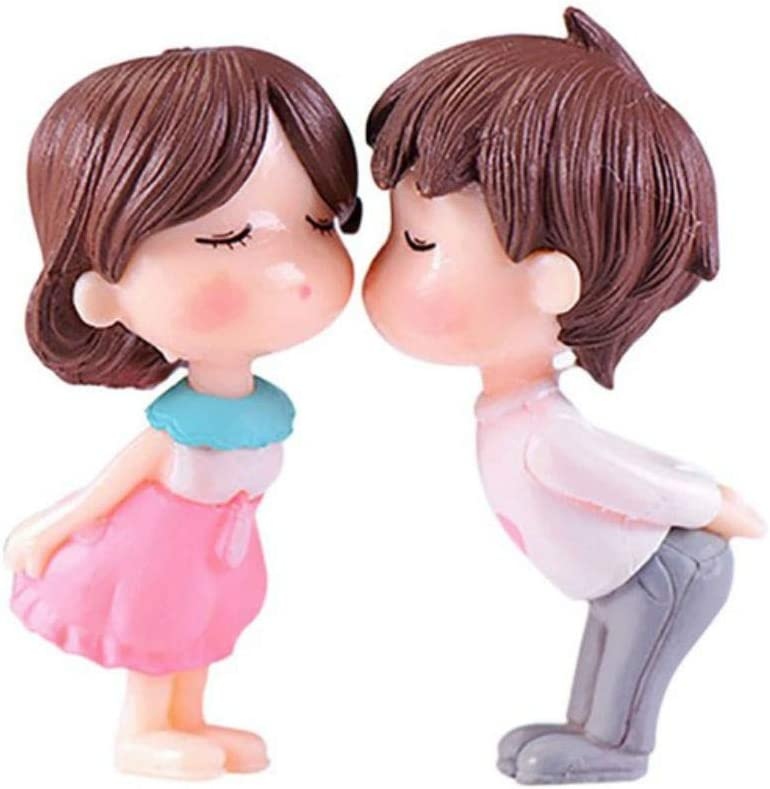 Aysekone 2 Pieces PVC Romantic Couples Figurines Fairy Garden Miniatures Ornaments Cute Boy and Girl Lovers Kiss Wedding Dolls for Home Decor