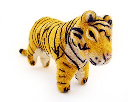 De Kulture Works Hand Made Showpiece Felt Tiger Soft plush Toy 6.5x2x4.5(LWH) For Kids Home Decoration Party Decorative Office Decor Ideal For Valentine Gift Ideas Easter Decorations (Multicolour)