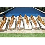 Posters: Pretty Girls Poster - Sunbed Girls (36 x 24 inches)
