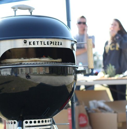 Made in USA KettlePizza Basic Pizza Oven Kit for 18.5 and 22.5 Inch Kettle Grills, KPB-22 by Kettle Pizza (Image #3)