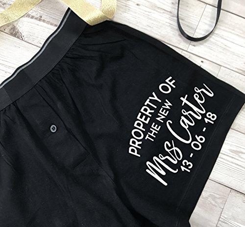 Mrs Calzoncillos con impreso New a regalo texto juego en para bolsa con the calcetines «Property de » personalizados of boda FFSWgw5crU