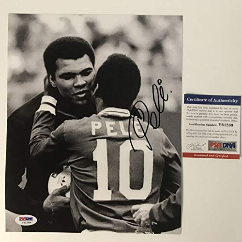 Autographed/Signed Pele Brazil Soccer Futbol 8x10 Photo with Muhammad Ali PSA/DNA COA Auto (8x10 Autographed Photo Pele)