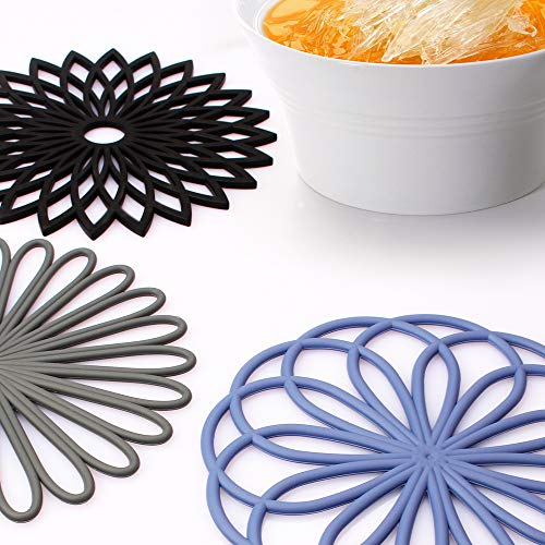 ME.FAN 3 Set Silicone Multi-Use Flower Trivet Mat - Premium Quality Insulated Flexible Durable Non Slip Coasters Hot Pads Black by ME.FAN (Image #2)