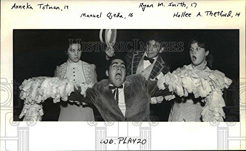 1994 Constrain Photo Anneka Totnan, Manuel Ojeda, Ryan Smith & Hollee Thetford