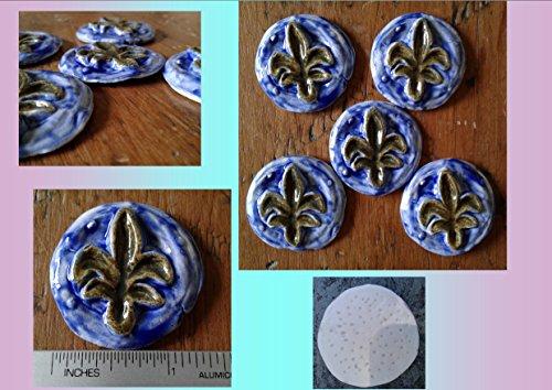 5 Fleur de Lis Cabochons Fine Porcelain Blue Gold Flower Pendants Ceramic Fleur de Lys Mosaics Scrapbooking - Fleur De Lys Ceramic