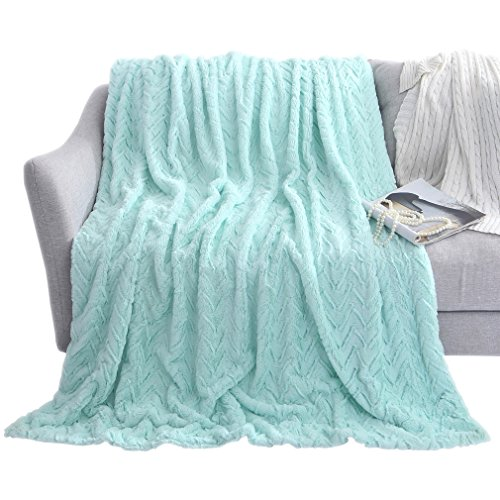 LIFEREVO Luxury Faux Fur Throw Blanket Chevron Brushed Fleece Crystal Velvet Mink Reversible, Super Soft, Smooth Cozy Warm All Seasons (Aqua, (High Pile Throw Blanket)