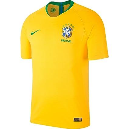 878d5ba41 Amazon.com   NIKE 2018-2019 Brazil Away Football Shirt (Kids)   Clothing