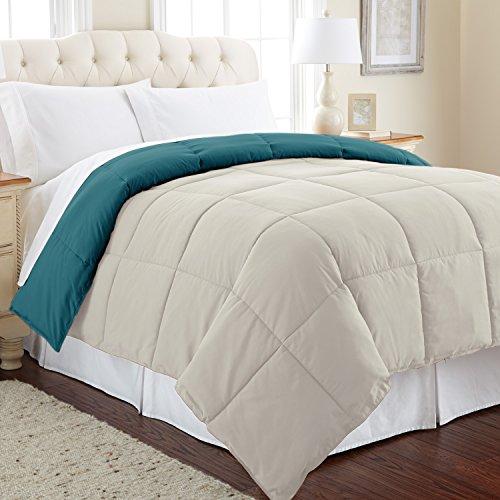 Amrapur Overseas Goose Down Alternative Microfiber Quilted Reversible Comforter