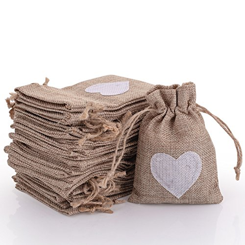50pcs Burlap Bags with Drawstring Gift Pouches Heart Candy Jewelry Storage Package Sack for Wedding Bridal Shower Birthday Party Christmas Valentine's Day Favors DIY Craft, Natural 5.3x3.8 Inch -
