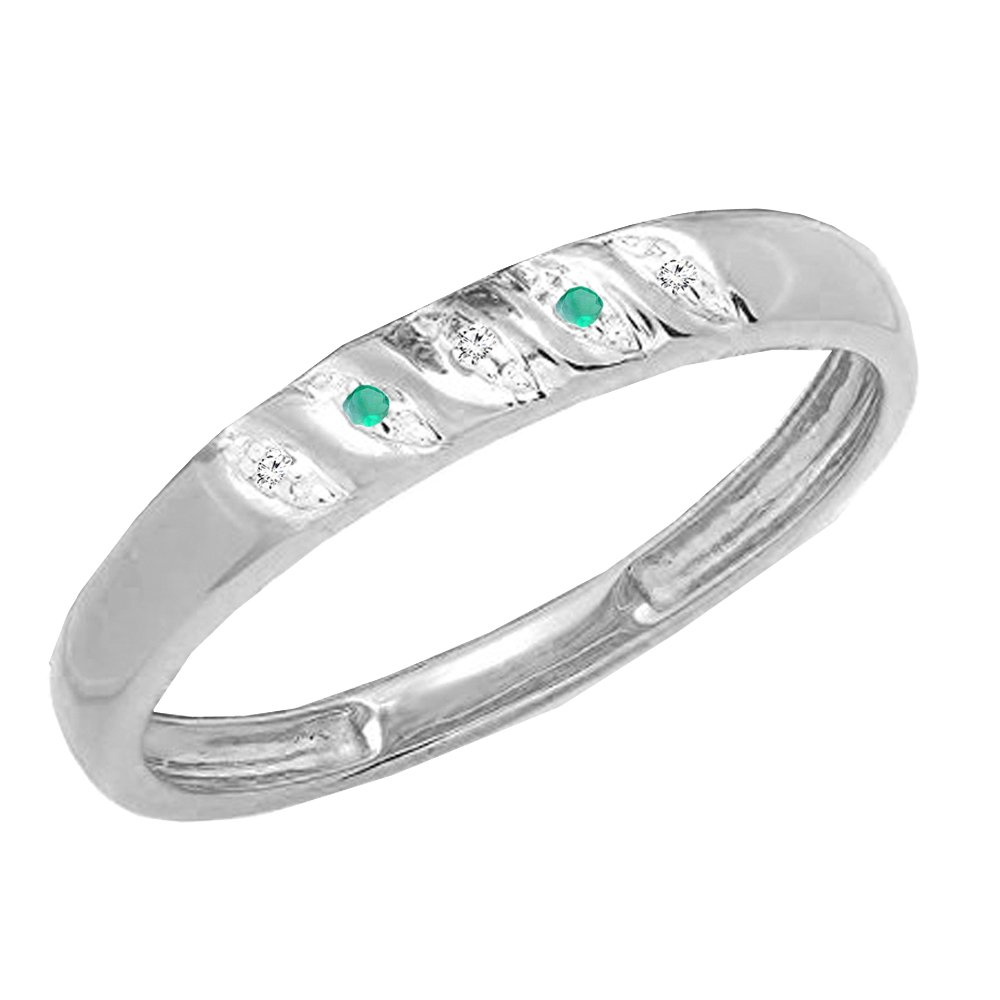 Dazzlingrock Collection 10K Gold Round Cut Emerald /& White Diamond Mens Wedding Anniversary Band