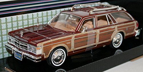 (1979 Chrysler LeBaron Town & Country Wagon [Motormax 73331], Silvergrey, 1:24 Die Cast by Motormax)