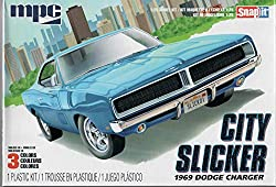 MPC 879M-100 City Slicker 1969 Dodge Charger Model Car Kit from Round 2