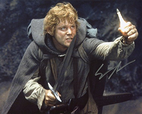 Sean Astin Autographed Lord of the Rings Photo, as Samwise Gamgee. Includes Fanexpo Fanexpo Certificate of Authenticity and Proof. Entertainment Autograph Original.