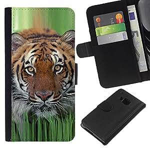 """Be-Star la tarjeta de Cr¨¦dito Slots PU Funda de cuero Monedero caso cubierta de piel Para HTC One M7 ( Tiger hierba de la primavera de la naturaleza animal de caza"""" )"""