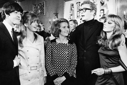 Michael Caine And Millicent Martin Jane Asher In Alfie With Paul McCartney Elizabeth Ercy