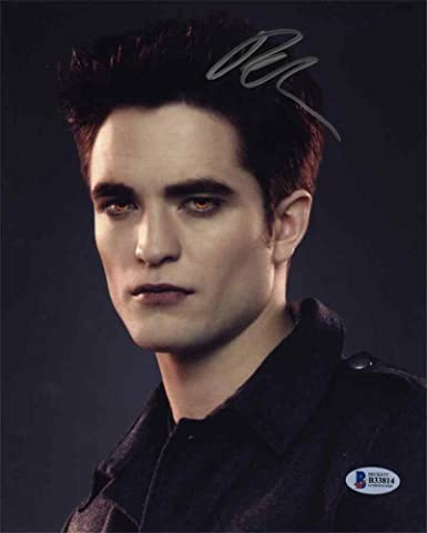 Robert Pattinson Twilight Signed 8x10 Photo Certified Authentic Beckett BAS  COA at Amazon s Entertainment Collectibles Store d2debce980e5
