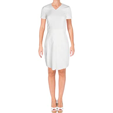 7207e4682 Hugo Boss BOSS Womens Dylena Belted V-Neck Wear to Work Dress at Amazon  Women's Clothing store: