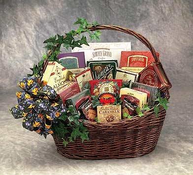 Sweets N Treats Gourmet Gift Basket -Medium