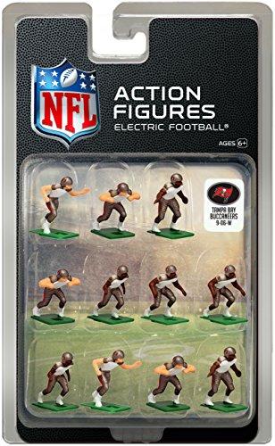 (Tampa Bay BuccaneersAway Jersey NFL Action Figure Set)