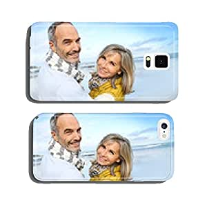 Portrait of loving senior couple at the beach cell phone cover case Samsung S6
