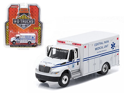 Central Park 2013 International Durastar Ambulance, White - Greenlight 33040A - 1/64 Scale Diecast Model Toy -