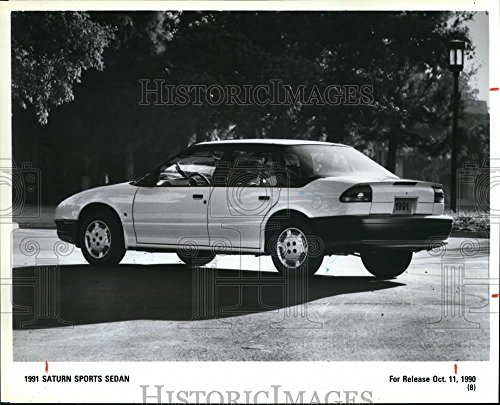 1990 1991 Sedan (1990 Press Photo Model 1991 Saturn Sports Sedan)