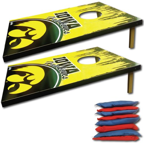 University of Iowa - Corn Hole bag toss - design#1 - TigerHawk Grunge