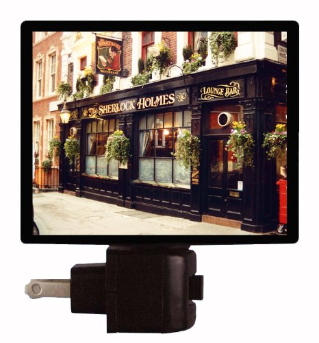 london-night-light-sherlock-holmes-pub-england