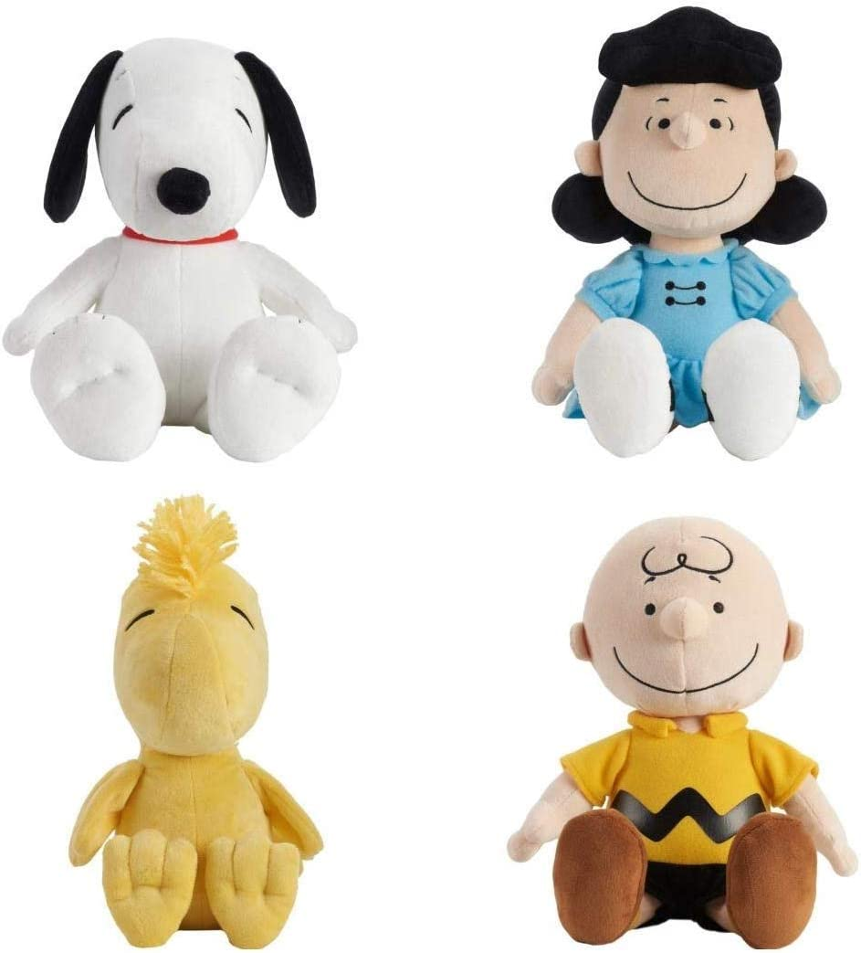 Amazon Com Set Of 4 Kohl S Cares Snoopy Charlie Brown Lucy Woodstock Plus Toys Games