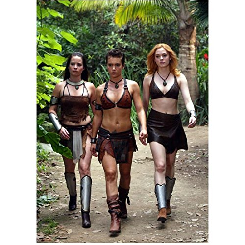 Charmed Rose McGowan, Holly Marie Combs, Alyssa Milano Walking Skimpy Outfits 8 x 10 Inch Photo